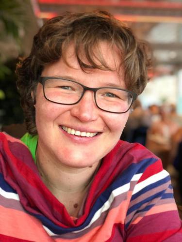 Daniela Rentsch, Spieleinkauf